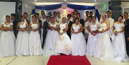 ARDCI Microfinance - Fourteen Couples Tie Knot in December Mass Wedding